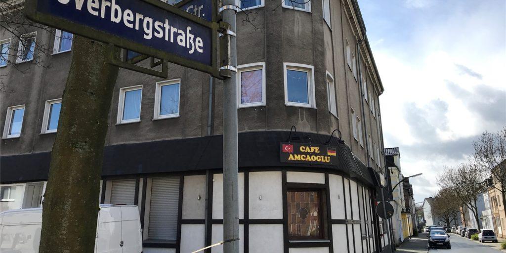 Die Immobilie an der Overbergstraße, die jetzt zum Verkauf seht. Im Erdgeschoss war früher über Jahrzehnte der Kronen-Treff.