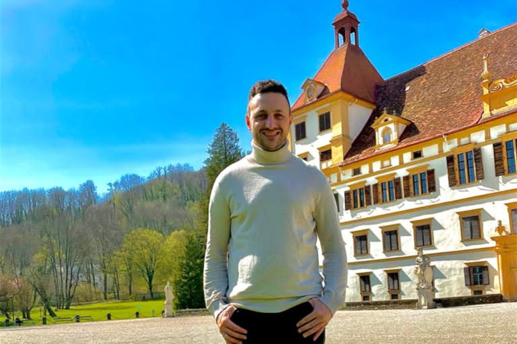 Marcel Böhme am Schloss Eggenberg in Graz