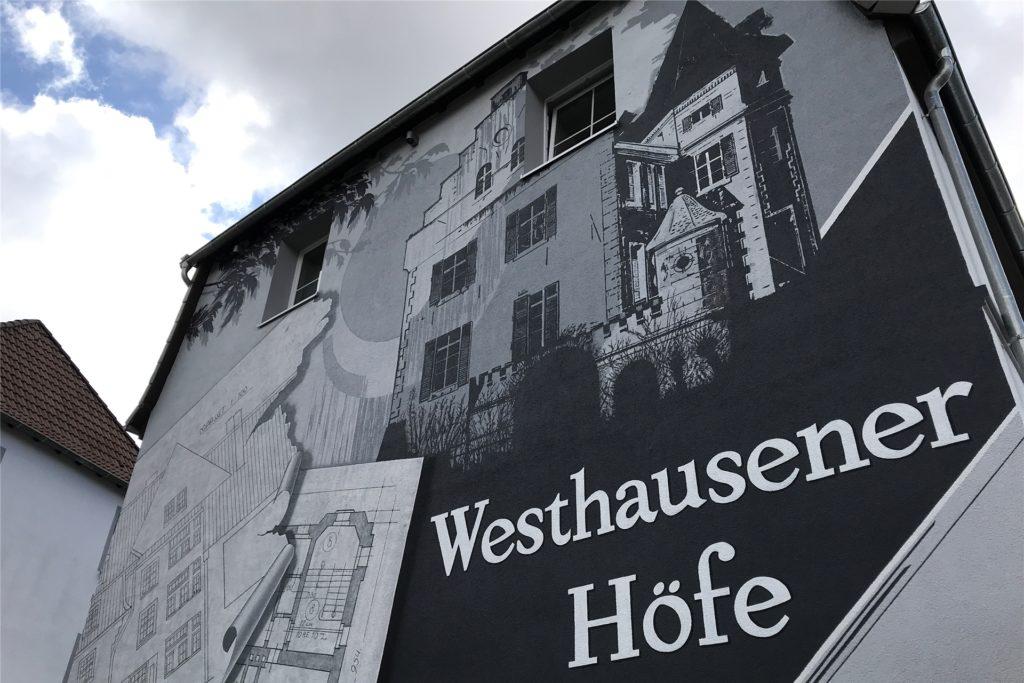 Am Gebäude Mastbruch 2, das direkt an der Westerfilder Straße steht, verkündet dieses Wandgemälde den Quartiersnamen