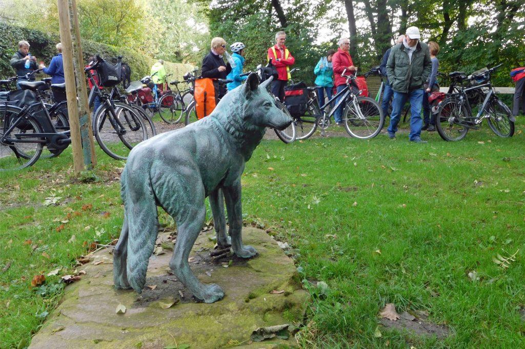 """In Herbern steht ein Denkmal """"Zum letzten Wolf"""