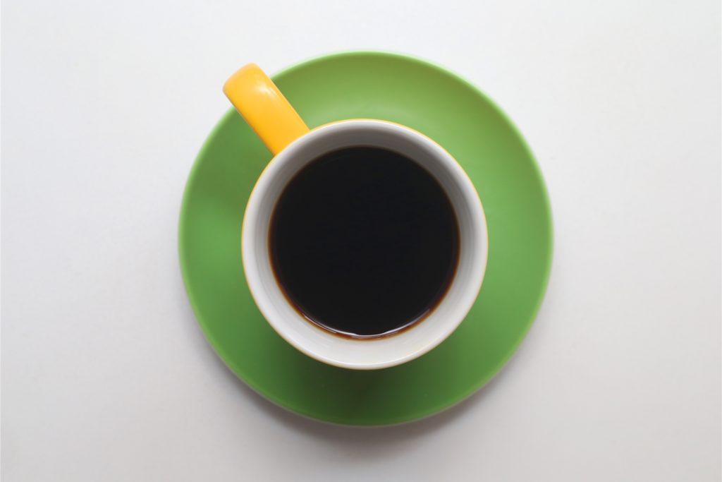 Schwarz wie die Nacht. Ist dieser Kaffee auch bekömmlich?