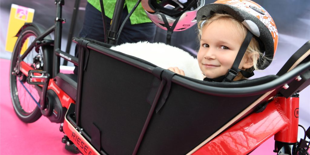In Städten wie Münster sieht man sie gerade in großen Massen: Lastenräder. Vor allem bei jungen Familien erfreuen sie sich großer Beliebtheit.