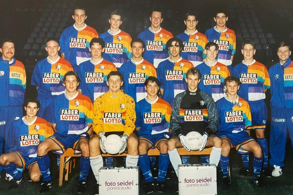 1998 war Dennis Hasecke (mittlere Reihe, 3.v.r.) Leistungsträger der U17-Junioren des VfL Bochum.