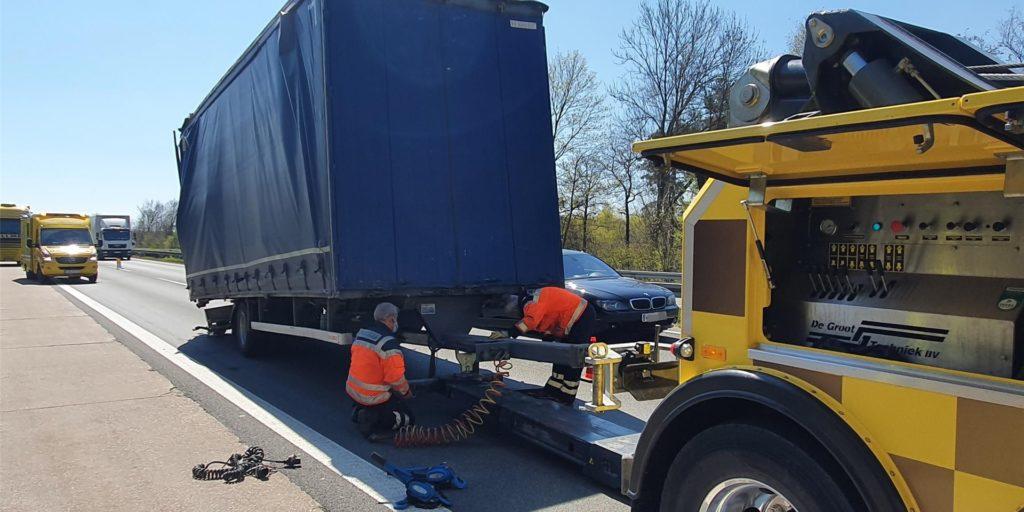 Der Unfall ereignete sich am Montag (26. April) auf der A1 zwischen dem Kamener Kreuz und der Anschlussstelle Hamm/Bergkamen.