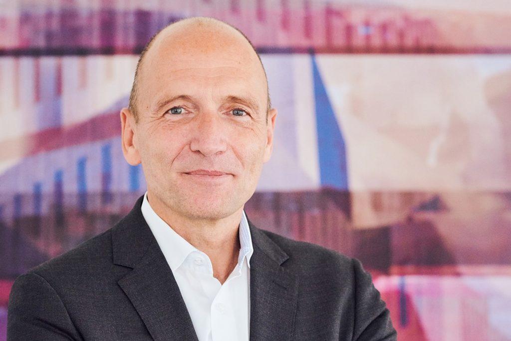 """Volker Gruhn ist Aufsichtsratsvorsitzender der Adesso AG in Dortmund und vom weiteren Wachstum überzeugt: """"Die Corona-Pandemie hat vielen Unternehmen aufgezeigt, dass in puncto Digitalisierung weiter Nachholbedarf besteht."""""""