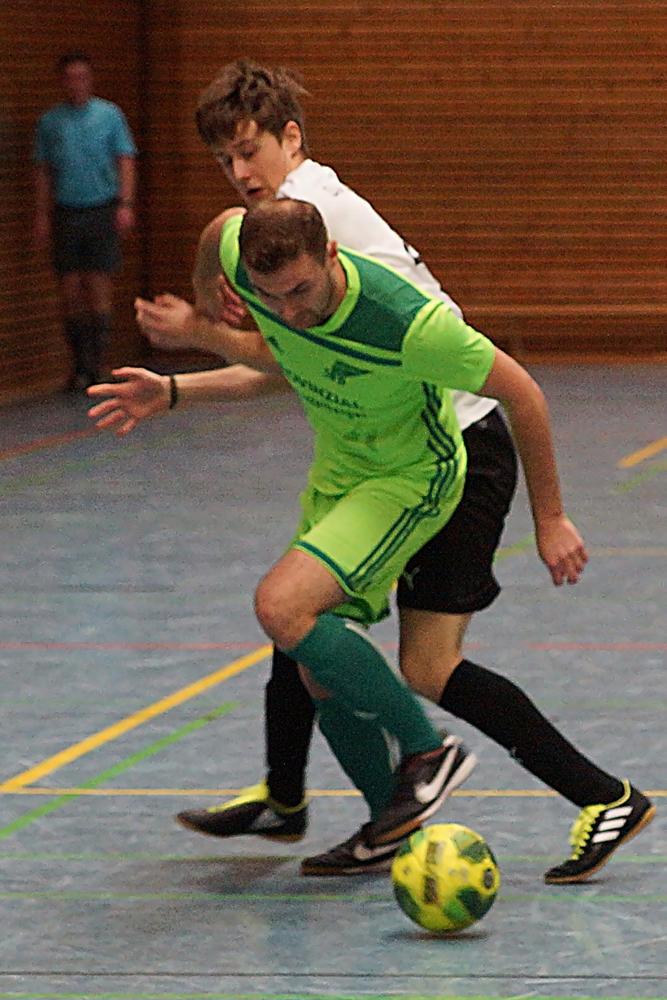 Patrick Eisenblätter (am Ball) hat lediglich bei den Stadtmeisterschaften schon einmal ein Tor für den SV Bausenhagen erzielt.