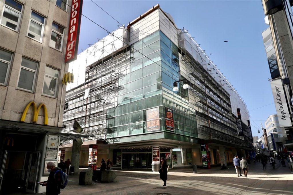 Das ehemalige Kaufhof-Gebäude am Westenhellweg könnte zum Symbol des Neustarts und des Wandels in der Dortmunder City werden