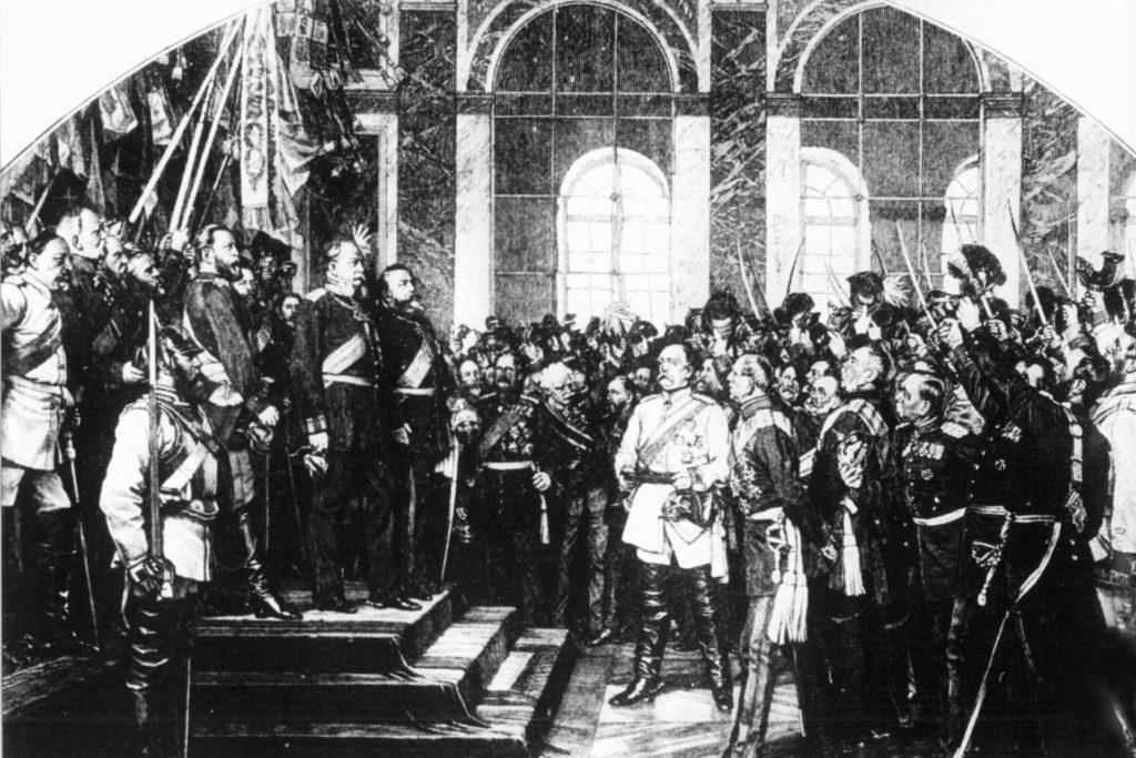 1871: Mit der Gründung des Deutschen Reiches und der Proklamation des preußischen Königs Wilhelm I. zum Deutschen Kaiser durch die versammelten Fürsten am 18. Januar im Schloss Versailles bei Paris ging die preußische Geschichte in die deutsche Geschichte über.