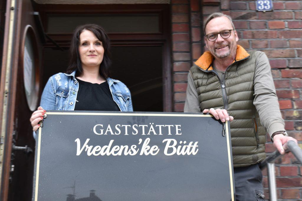 Chantal Übbing und Torsten Korthals freuen sich bald ihre Gäste begrüßen zu dürfen.