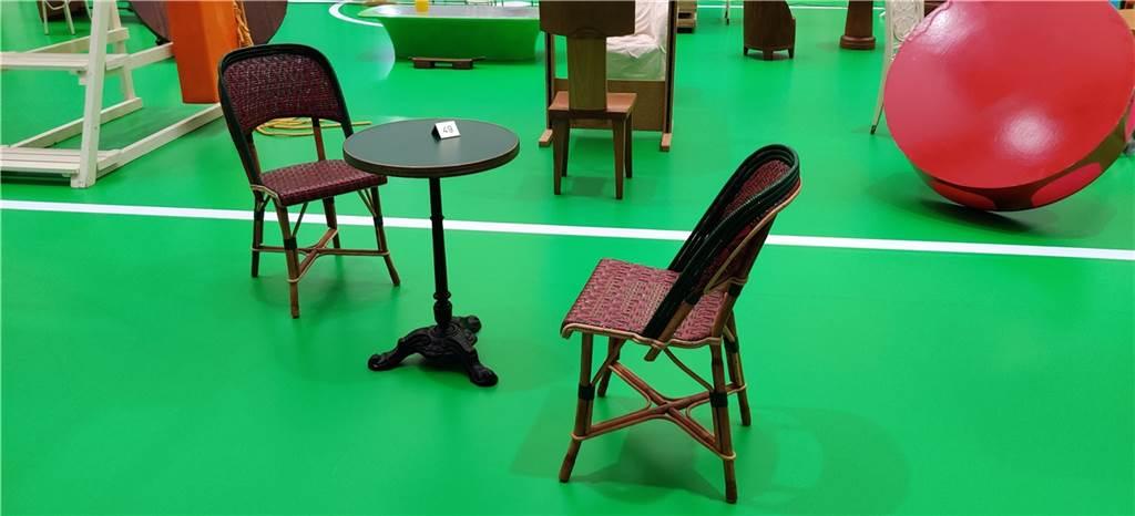 Diese Möbel sehen genauso aus wie im Pariser