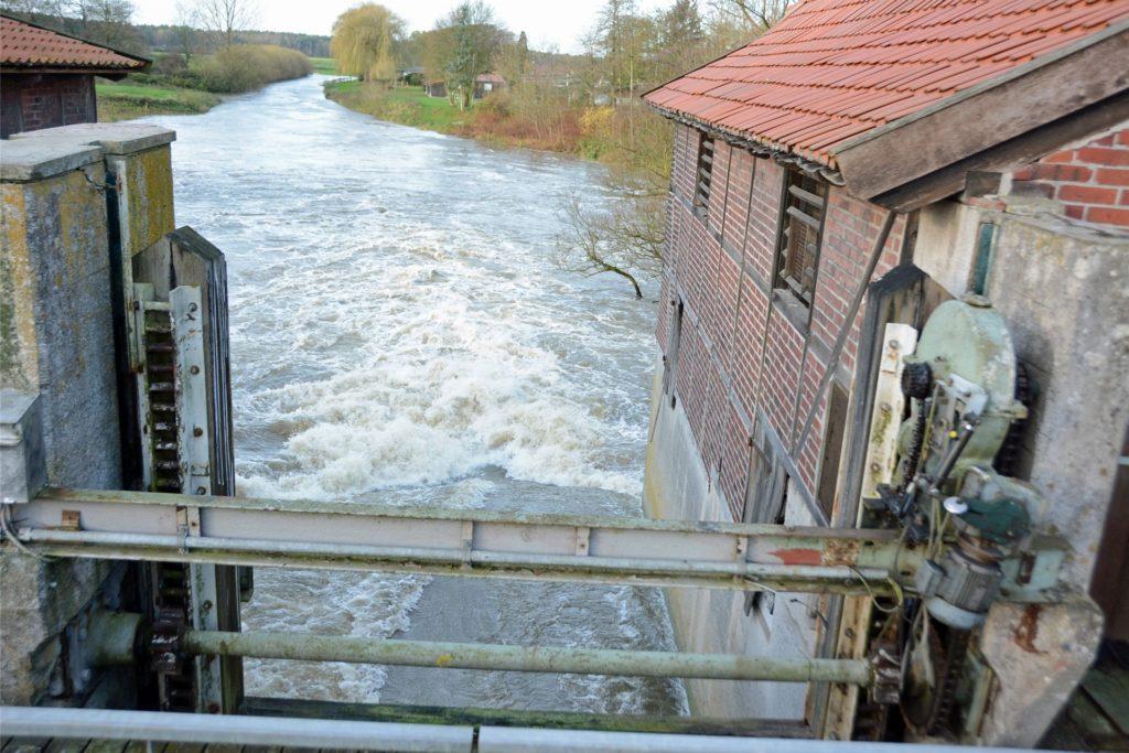 Die Zukunft der Wasserkraft- und Stauanlage Füchtelner Mühle ist gesichert.