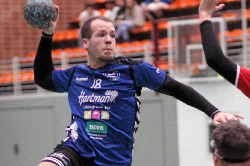 Rückraumspieler Steven Vogt will nach seiner Verletzung wieder beim VfL Kamen anpacken.