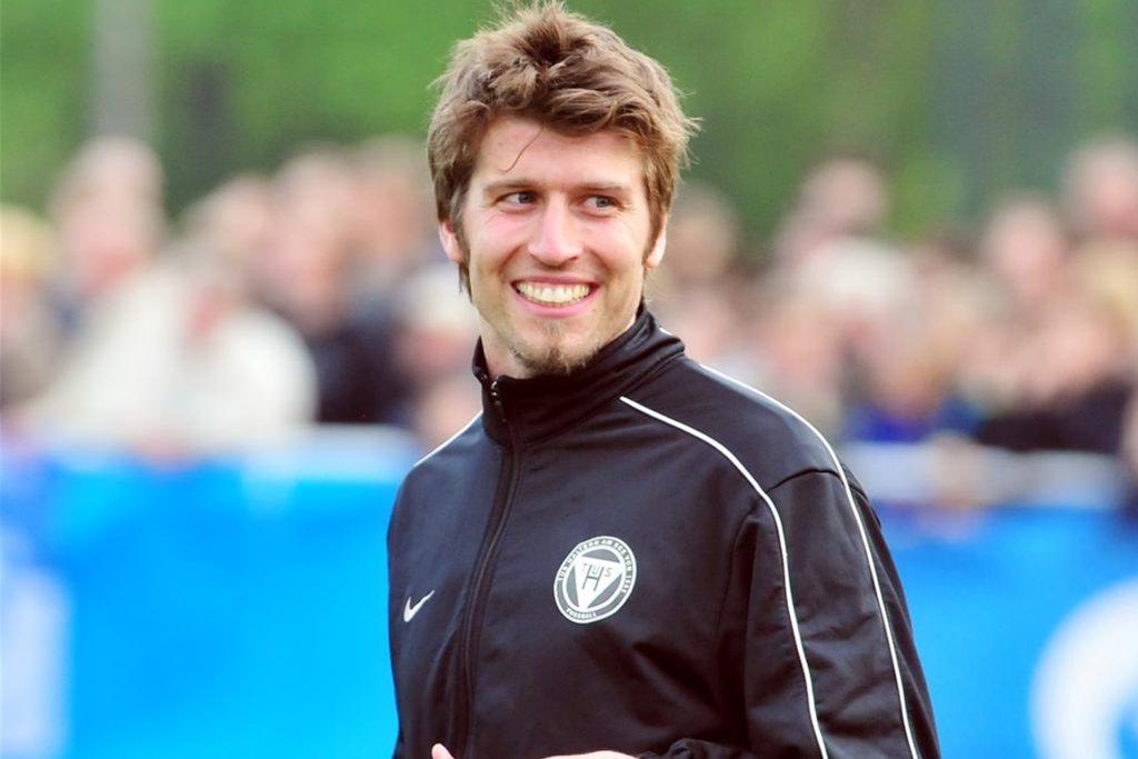 Oliver Bautz, damals Torwart des TuS Haltern am See und seit einigen Jahren fester Bestandteil des TuS-Trainerteams, kam in den Schlussminuten im Sturm zum Einsatz.