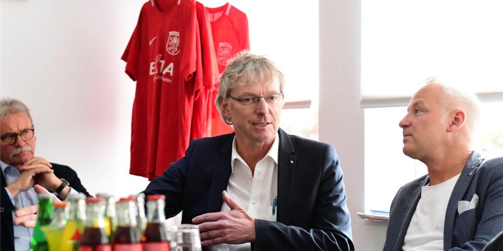 LSV-Vorstand Peter Marx hat sich zu einem möglichen Staffelwechsel geäußert.
