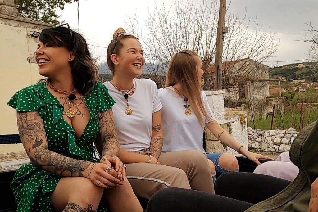 Auf Kreta war Jana Zobel (Mitte) jeden Tag mit den anderen Kandidatinnen zusammen.