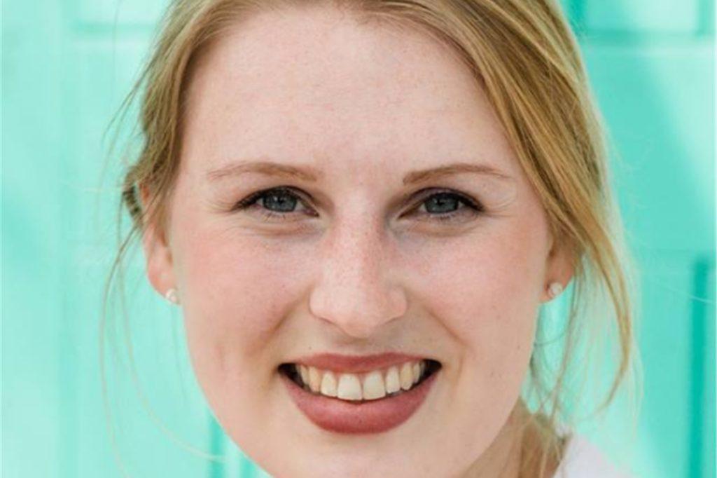 Sophia Thünte, Sozialpädagogin der Caritas Ahaus, hilft den Kindern und Familien durch die schwere Zeit.
