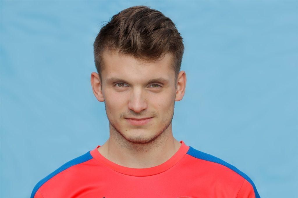 Ferdinand Franzrahe kennt einige seiner neuen Teamkollegen bereits aus gemeinsamen Zeiten beim Hombrucher SV.
