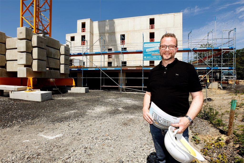 Martin Kolander ist Architekt bei der UKBS in Unna und freut sich darüber, dass eine neue Technologie künftig das klimafreundliche Wohnen möglich macht.
