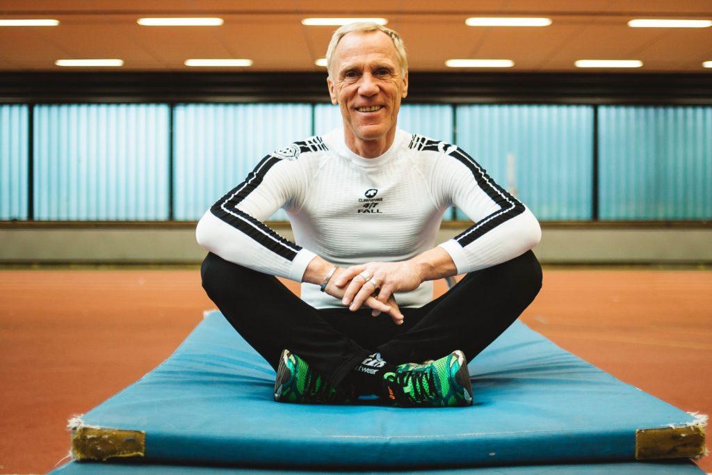 Prof. Ingo Froböse von der Deutschen Sporthochschule Köln weiß nur zu genau, was für die Regenerationsphase und Pause notwendig ist.