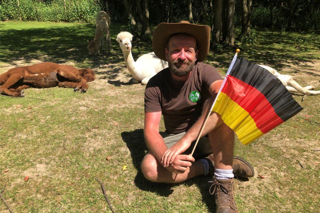 Daniel Hischke drückt der deutschen Mannschaft die Daumen. Seine Alpakas sind da wählerischer.