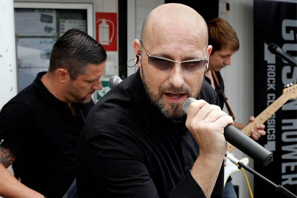 Gus 'n' Hower mit Sänger Robin Siwitza rocken am 5. September die Kajüte.