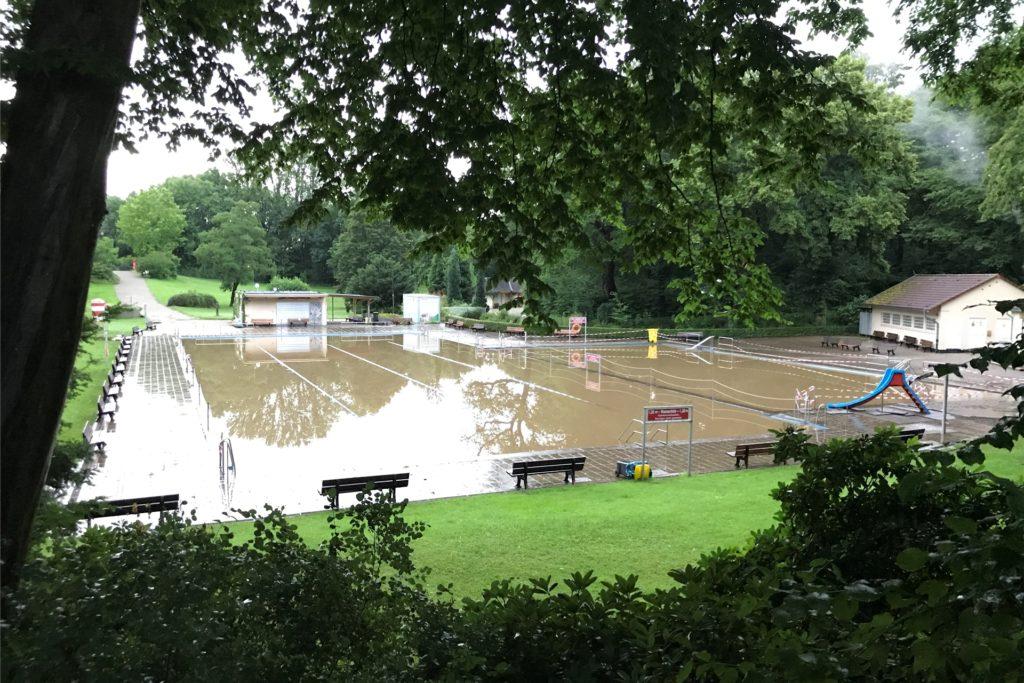 Am Abend war ein Großteil der Wassermassen bereits wieder abgeflossen.
