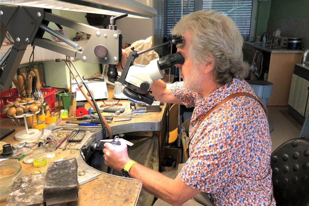 Die Werkstatt von Karl-Heinz Taubenberger ist urig und hat viele Vintage-Momente.