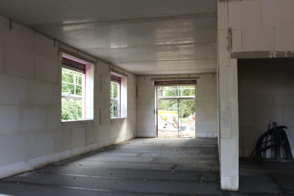 Im Funktionsgebäude wird der große Gruppenraum zu einer zentralen Anlaufstelle werden. Dieser wird sich durch eine Trennwand in zwei Abschnitte teilen lassen.