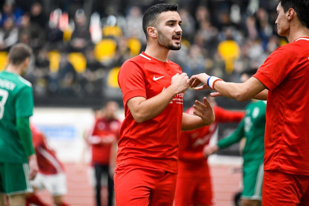 Ahmet Karaduman zeigte eine überragende Vorstellung gegen Sharri.