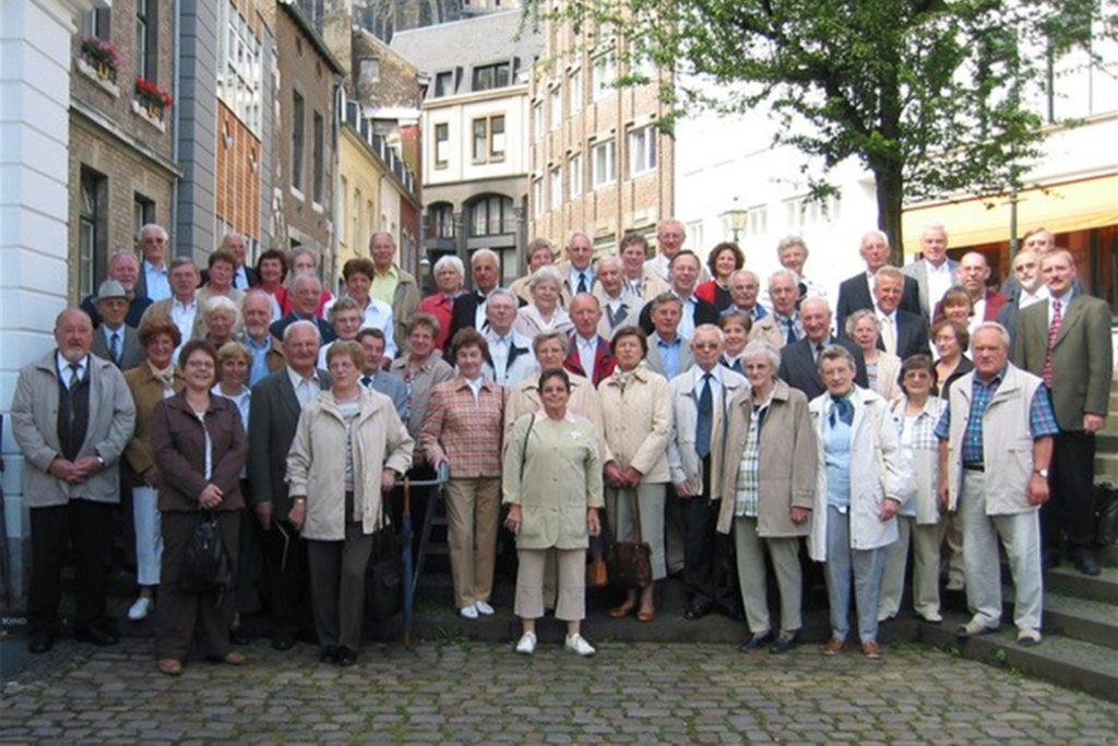 Jährliche gemeinsame Ausflüge gehörten beim Kolpingchor dazu. Bei dem Ausflug nach Aachen im Jahr 2004 erinnert sich Hubert Jasper