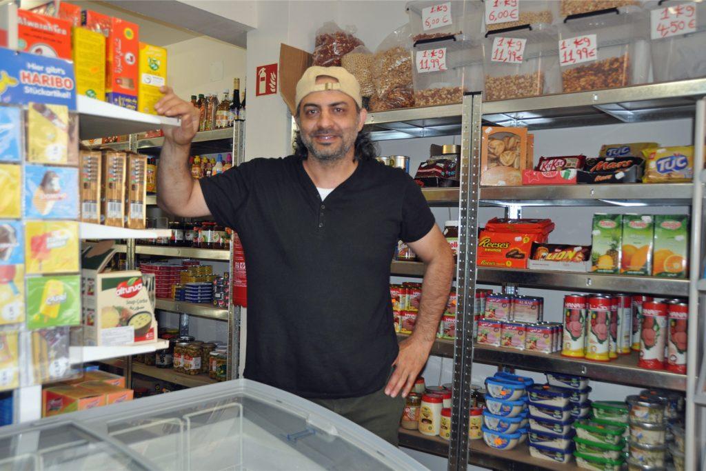 Internationale Produkte, aber auch frische Obst und Gemüse, gibt es jetzt bei Ghazwan Alali an der Gahmener Straße 278.