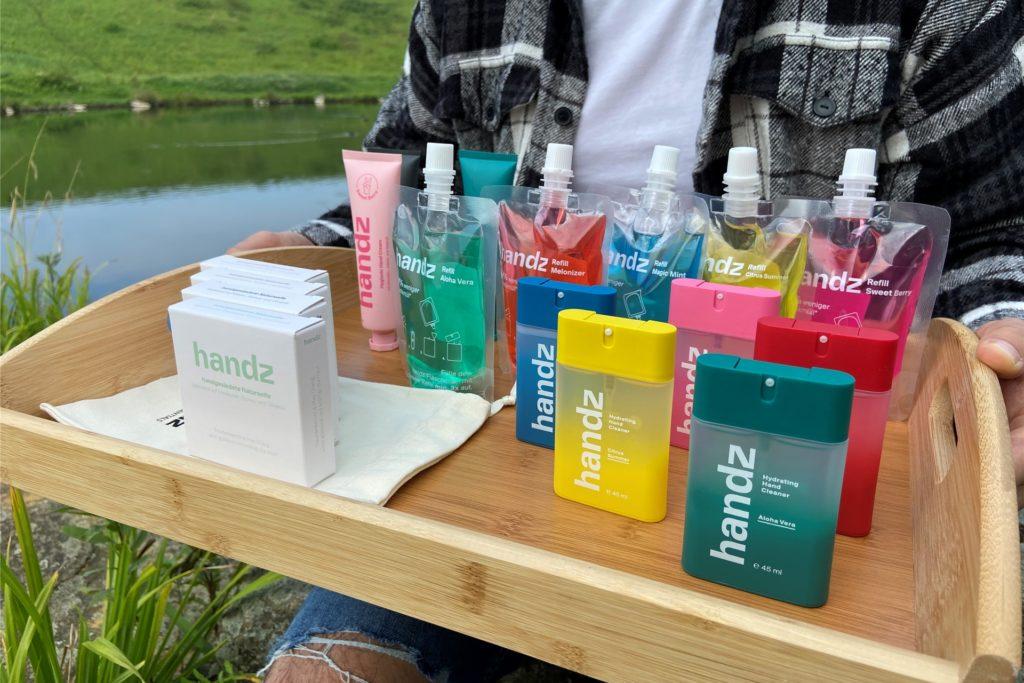 Die Produkte von handz aus Castrop-Rauxel reinigen und desinfizieren, erinnern aber nicht an Krankenhäuser und Zahnarztpraxen.