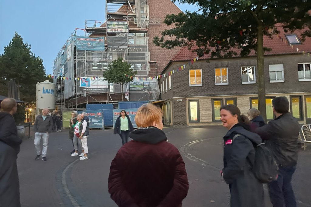 Spaziergang mit den Stadtdenkern aus Berlin in der Vredener City.