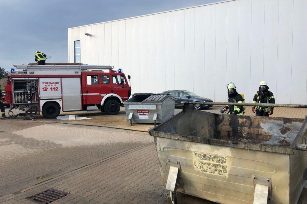 Die Schermbecker Feuerwehr erschien wenig später am Einsatzort.